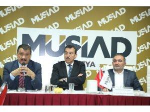 AK Parti Büyükşehir Adayı Gürkan, gezilerini sürdürüyor