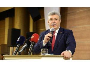 """AK Parti Grup Başkanvekili Muhammet Emin Akbaşoğlu, """"Hükümetimiz de, bakanlarımız da Ömer Arısoy'un sonuna kadar yanındadır"""""""