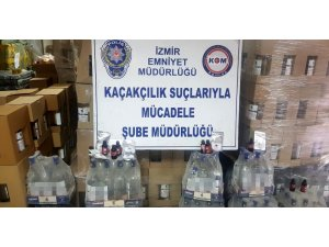 İzmir'de 6 ton etil alkol ele geçirildi