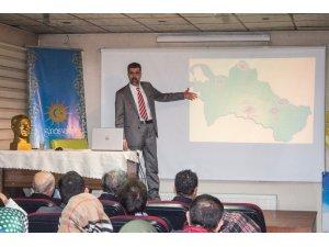 """Güneş Vakfı'nda """"Türkmenler ve Türkmenistan"""" konferansı"""