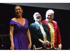 Türkan Şoray Kültür Merkezi'nde Tanini Trio konseri