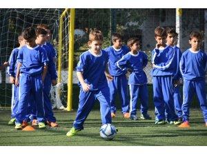 Aliağa'da 10 bin çocuğa spor eğitimi