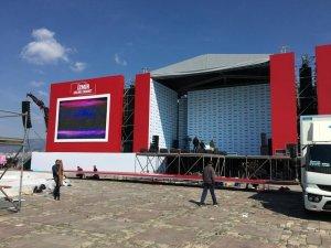 Cumhurbaşkanı Erdoğan ve Bahçeli'nin katılacağı dev İzmir mitingi için hazırlıklar tamam