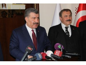 """Sağlık Bakanı Koca """"Müslüman ve Türk düşmanlığı zemininde doğan bu eylemleri şiddetle lanetliyorum"""""""