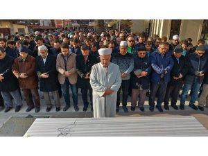 Şehit edilen Müslümanlar için Kütahya'da gıyabi cenaze namazı