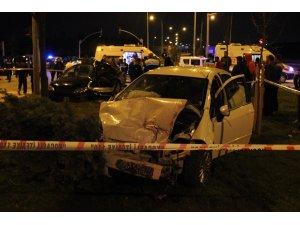 Kartepe'de iki otomobil çarpıştı: 1 ölü