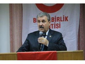 """BBP Genel Başkanı Destici: """"Siyasi bölücülere karşı bir olmalıyız"""""""