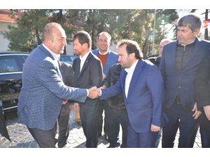 Dışişleri Bakanı Çavuşoğlu Akseki'de vatandaşlara seslendi