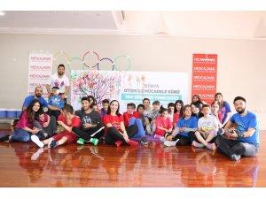 Otizmli çocukların eğitimine destek