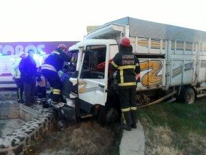 Aksaray'da zincirleme trafik kazası: 2 yaralı