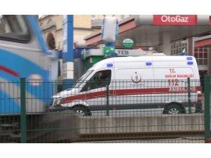 Sultangazi'de yolun karşısına geçmeye çalışan çocuğa tramvay çarptı