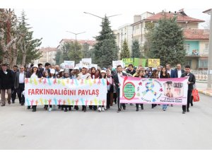 Karaman'da '2 Nisan Dünya Otizm Farkındalık Günü' yürüyüşü