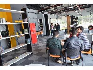 Adana Genç Ofis hizmete başladı