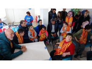 Karaman'dan 'Özel' çocuklara ziyaret