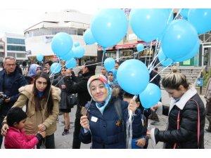 """Erzincan'da """"Otizm İçin Mavi Işık Yak"""" projesi"""