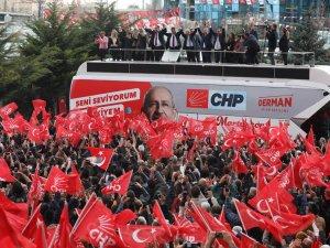 Kılıçdaroğlu, İmamoğlu ve Yavaş birlikte kürsüde