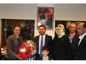 Nevşehir Belediye Başkanı Rasim Arı mazbatasını aldı