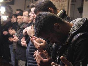 Miraç Kandili'nde Ulu Camii doldu taştı
