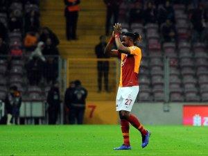 Luyindama kırmızı kart gördü, cezasını Fenerbahçe maçında çekecek