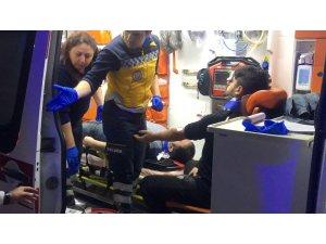 Bursa'da işçileri taşıyan servis minibüsü kaza yaptı: 14 yaralı