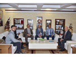 Rektör Prof.Dr. Çakmak'tan Başkan Sekmen'e hayırlı olsun ziyareti