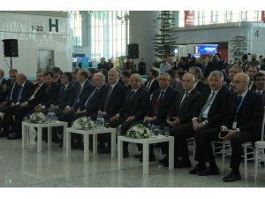 Bakan Turhan'dan İstanbul Havalimanı taşınmasına ilişkin açıklama