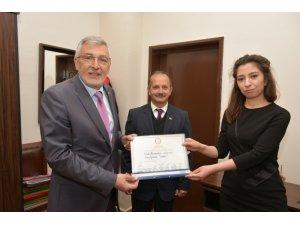 Başkan Bozkurt mazbatasını aldı