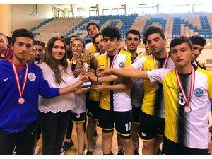 Korfbolda Şehit Ahmet Mehmet Oruç Spor Lisesi şampiyon