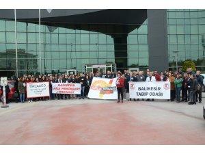 Balıkesir'de sağlık çalışanlarına şiddet kınandı