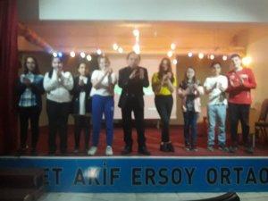 Mehmet Akifli öğrenciler Özkul ve Sururi'yi unutmadı