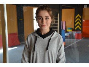 """Otizm eğitmeni Pınar Boz: """"Otizmli çocuklara sevildiğini hissettirmeliyiz"""""""