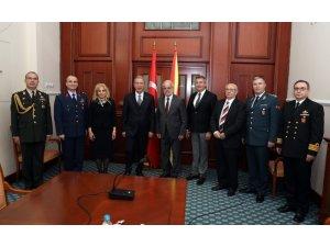 Bakan Akar, Kuzey Makedonya Meclis Başkanı Caferi ile görüştü
