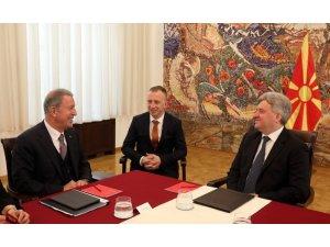 Bakan Akar, Kuzey Makedonya Cumhurbaşkanı İvanov ile görüştü
