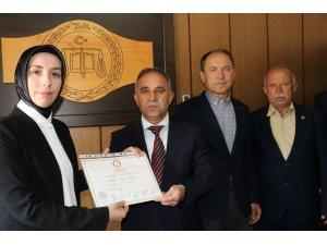 Başkan Akyol mazbatasını aldı