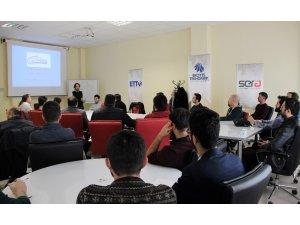 Erciyes Teknopark'ta KOBİ Teknoyatırım Destek Programı Bilgilendirme Etkinliği Düzenlendi