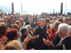 Marmaris Belediye Başkanı Mehmet Oktay göreve başladı