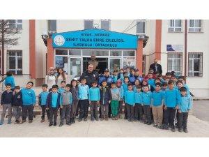 555 öğrenciye güvenli arkadaş seçimi anlatıldı