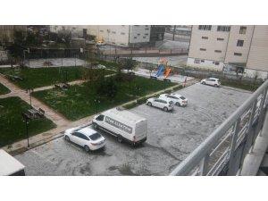 Diyarbakır'da dolu yağışı