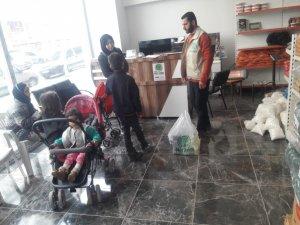 Umut Kervanından 310 aileye yardım