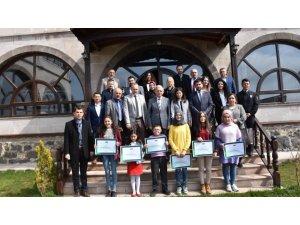 'Sağlıklı Nesil, Sağlıklı Gelecek' yetenek yarışmasında ödüller verildi
