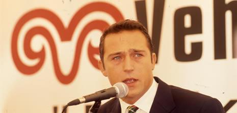 Ali Koç'un Omzu Kırıldı, Ameliyata Alındı