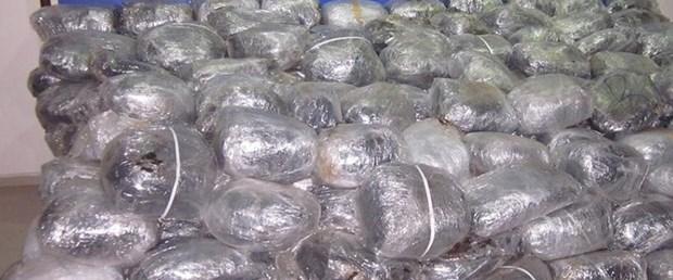 Beş ton uyuşturucu yakalandı