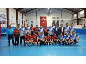 Develi'de Kurumlar Arası Voleybol Turnuvası Başladı
