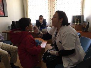 İlkokul öğrencilerine ağız ve diş sağlığı bakımı