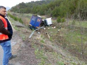 Yabancı plakalı tır kaza yaptı: 1 ölü