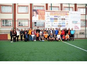 Kuşadası Galatasaray Taraftarlar Derneği halı saha turnuvası başladı
