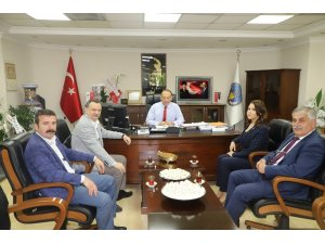 CHP'li Balaban'dan Başkan Akın'a övgü