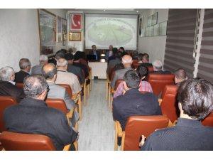 """Türk Ocağında bu hafta  """" Tarımın Türkiye Ekonomisindeki"""" yeri konuşuldu"""