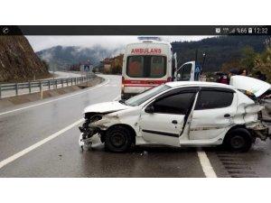 Devrek'te trafik kazası: 4 yaralı