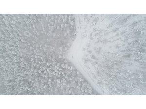 Karabük'te yüksek kesimlerde kar yağışı etkili oluyor